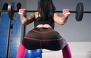 Post Workout Rubdown Featuring Katrina Jade - Brazzers HD